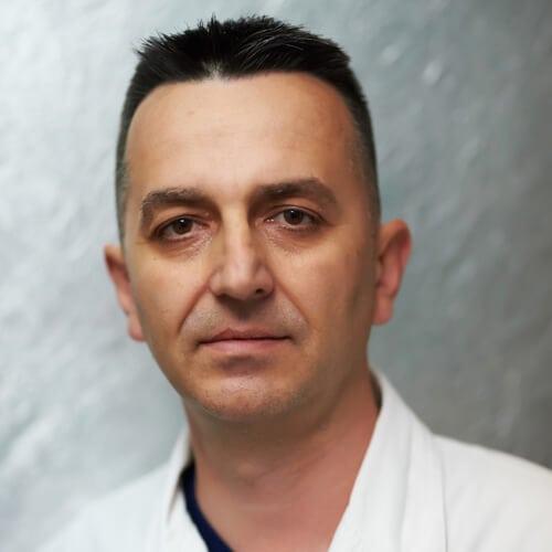 dr Aleksandar Magdelinić